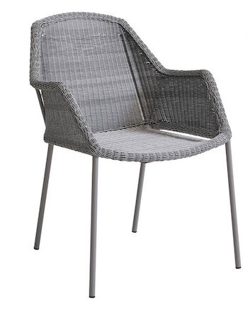 Care-line Breeze stabelstol med armlæn og grå polyrattan
